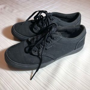 Black lace up vans sneakers